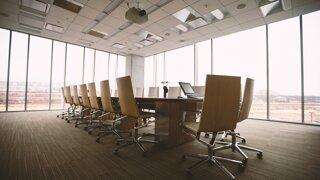 Ako dostať ľudí späť do práce? Open space je už prežitok