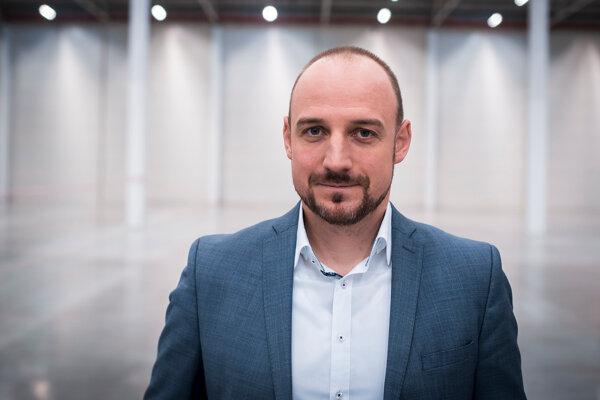 Martin Baláž je viceprezidentom a country managerom spoločnosti Prologis na Slovensku – popredného globálneho poskytovateľa logistických nehnuteľností.