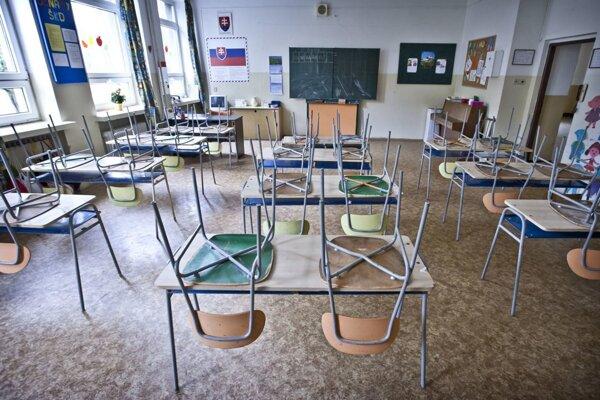 Investičné akcie v roku 2021 sú zamerané aj na skvalitnenie interiérových priestorov, napríklad učební.