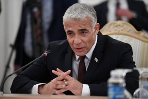 Izraelský minister zahraničných vecí Jair Lapid po stretnutí so Sergejom Lavrovom.