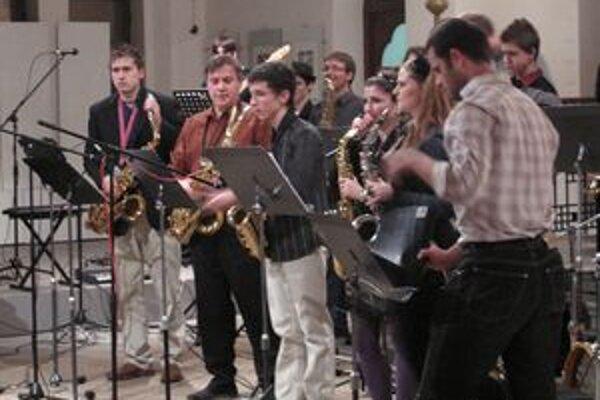 Coctailband v Synagóge oslávil 20 rokov svojho založenia.
