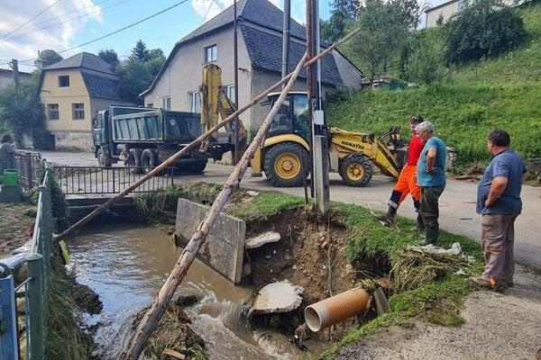 Bezprostredne po povodni v Domaniži