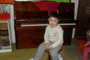 Prvé vystúpenie Nikolaja bolo v materskej škole. Mal 2,5 roka.