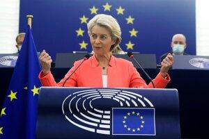 Ursula von der Leyenová pri predstavení svojej druhej správy o stave Únie.
