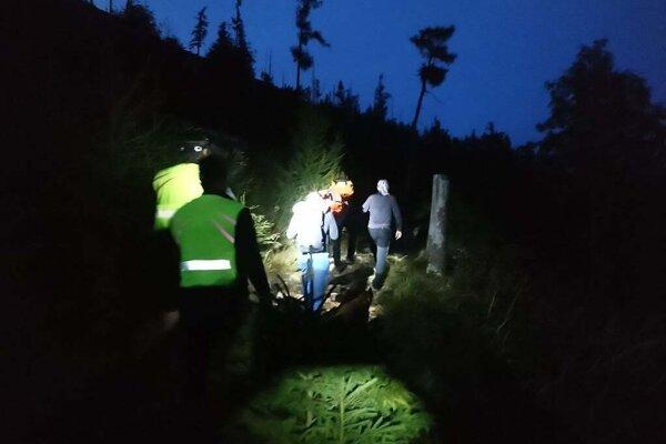 Pomoc turistovi, ktorý schádzal zo Slavkovského štítu.