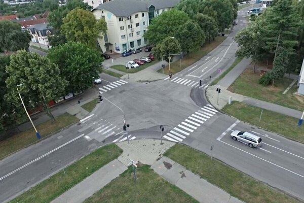 Aj túto križovatku nahradí kruhový objazd.