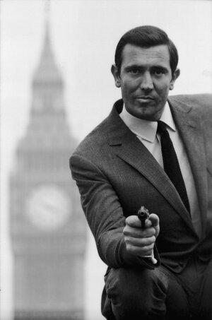George Lazenby si Bonda strihol len v roku 1969.