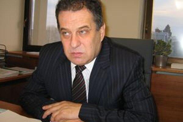 Do kresla primátora na Ďalšie štyri roky v Nitre opäť zasadne Jozef Dvonč.