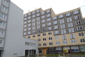 Levický Atóm prestavujú na byty, rok 2013.