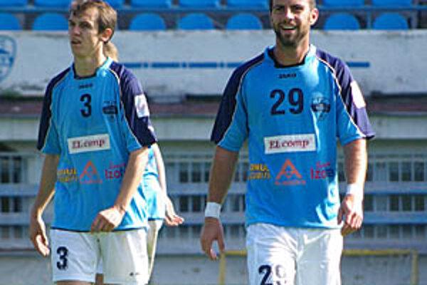 V strede obrany sa predstavil Ivan Pecha (29), možno nová posila FC Nitra.