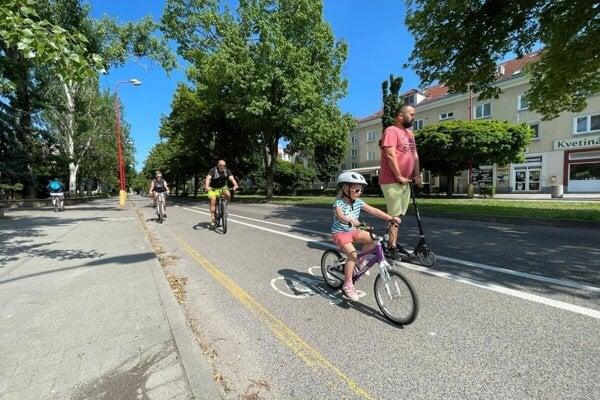 Cyklohodník na Študenstskej v Trnave.