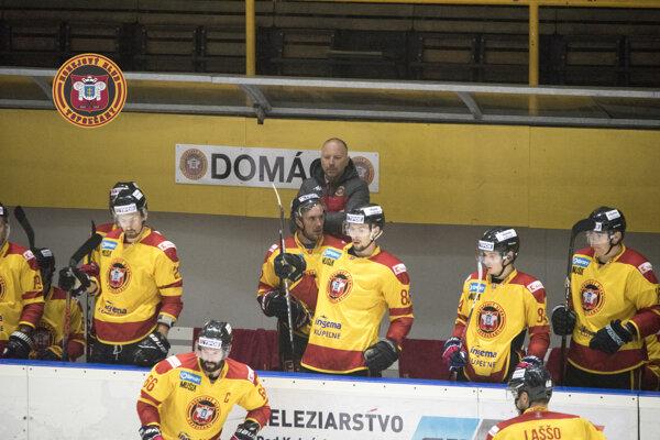 Zverenci Ľubomíra Hurtaja po prvýkrát v sezóne prehrali.