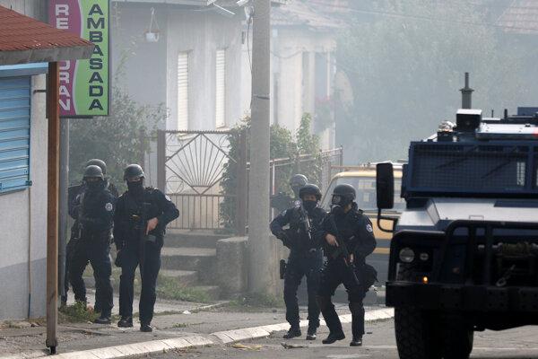 Zásah kosovských bezpečnostných zložiek v Mitrovivi.