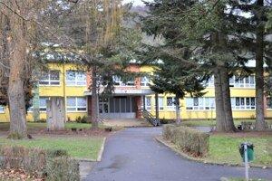 V ZŠ Hrnčiarska sú v karanténe tri triedy.