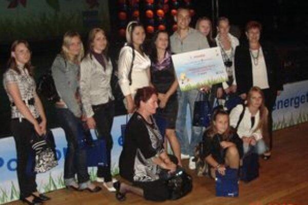 Študenti Strednej odbornej školy v Hrkovciach sa do súťaže zapojili druhý raz. Po úspechu v regionálnom kole mali úspech aj v celonárodnom kole, v ktorom zvíťazili.