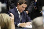 Guvernér Floridy Ron DeSantis.