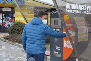 Od 1. novembra nastávajú zmeny v parkovaní v Topoľčanoch.