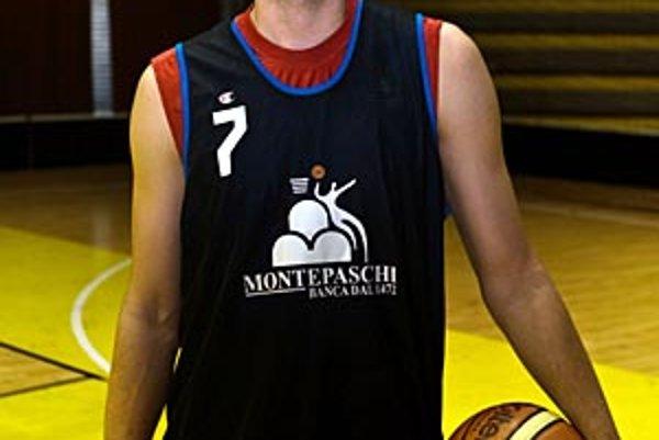 Nový muž pre Nitru Peter Terlanda trénuje toto leto v širšom kádri slovenskej reprezentácie.