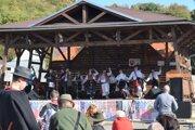 Na Mitrovaní v Lovinobani sa predstavil aj folklórny súbor Jánošík z Fiľakova.