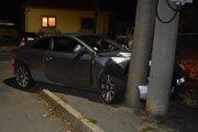 Auto skončilo po naháňačke s políciou takto.