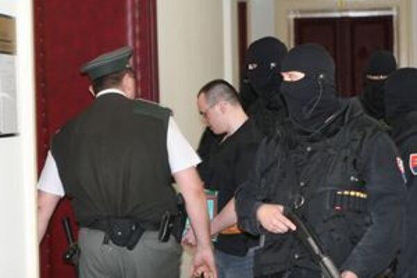 Halása predviedli v piatok na nitriansky krajský súd.