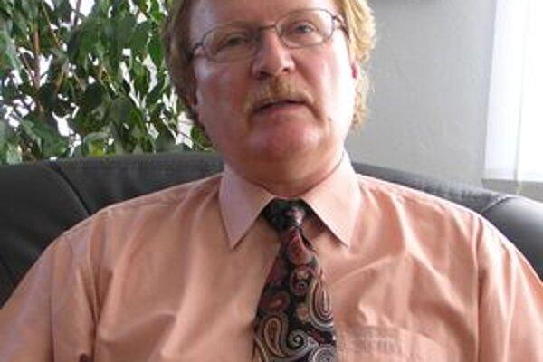 Ľudovít Šajgal, figúrkový riaditeľ župného úradu v Nitre.