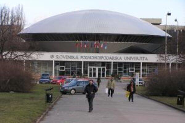 SPU dostala od ministerstva školstva rok času na odstránenie nedostatkov.