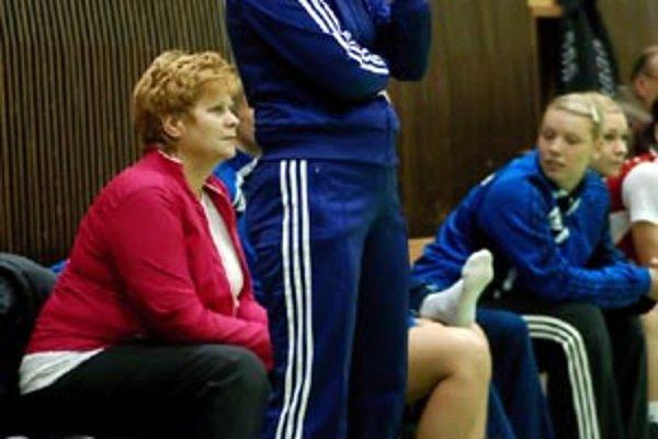 Trénerka Šale Darina Braunová bola sklamaná z množstva chýb, ktoré urobilo jej družstvo v druhom polčase.