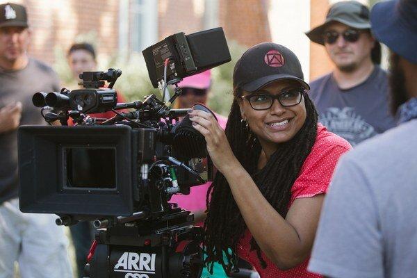 Ava DuVernay sa s historickou snímkou Selma o Martinovi Lutherovi Kingovi tento víkend uchádza o dve sošky Oscara. Nie však ako režisérka.