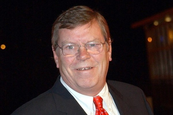 Warren Clarke (1947 - 2014).
