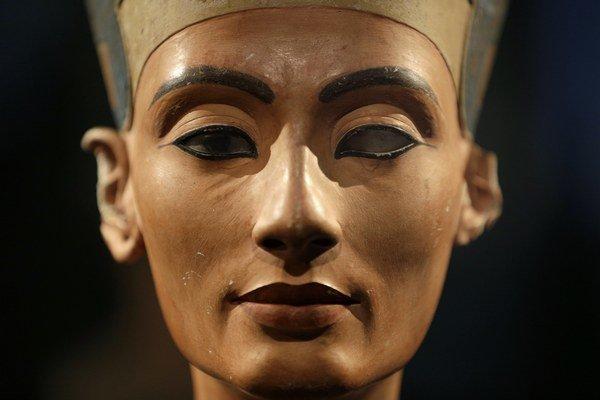 Bustu Nefertiti si pýta Egypt naspäť od prvého dňa ako ju vystavili v Berlíne v roku 1924.