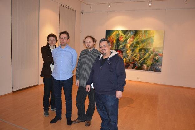 V galérií vystavuje až štvorica autorov.