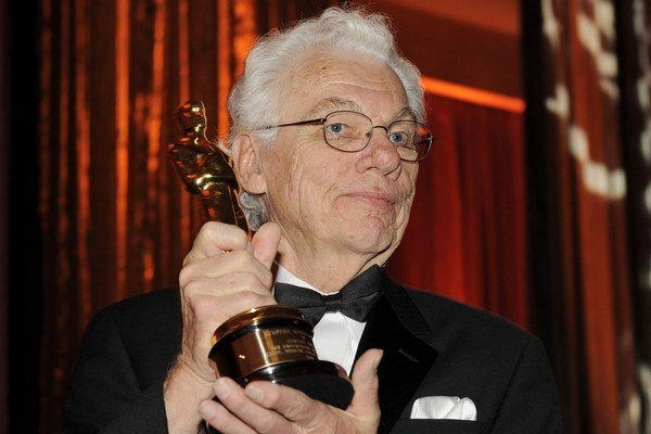 "Akadémia mu dala ""len"" čestného Oscara."