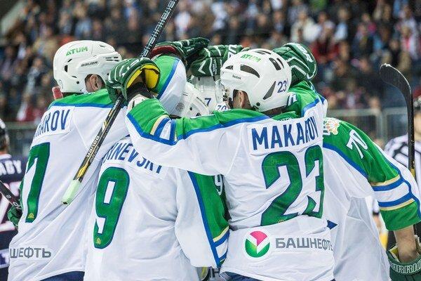 Hokejisti Ufy vybojovali na ľade súpera všetky tri body.