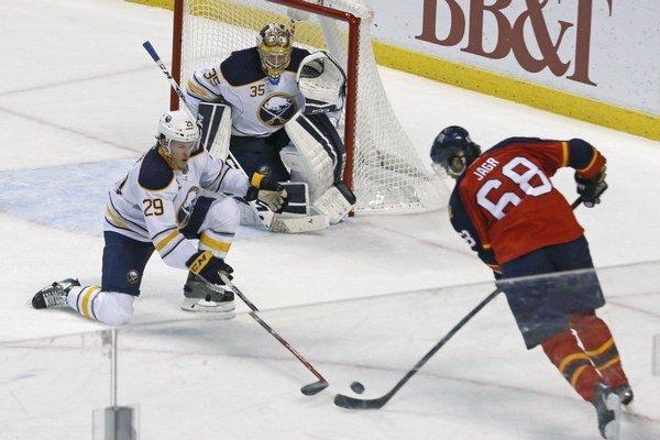 Hoci má Jaromír Jágr už 43 rokov, v NHL patrí stále medzi lídrov.