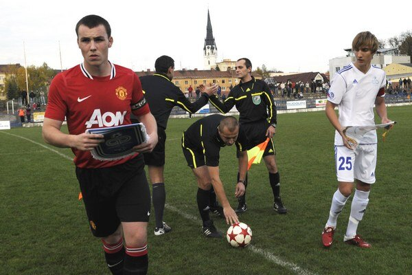 """Mladíci z akadémie """"červených diablov"""" chodia na Slovensko na herné sústredenie už niekoľko rokov. Na snímke z roku 2011 vtedajší kapitán United Luke McCullough."""