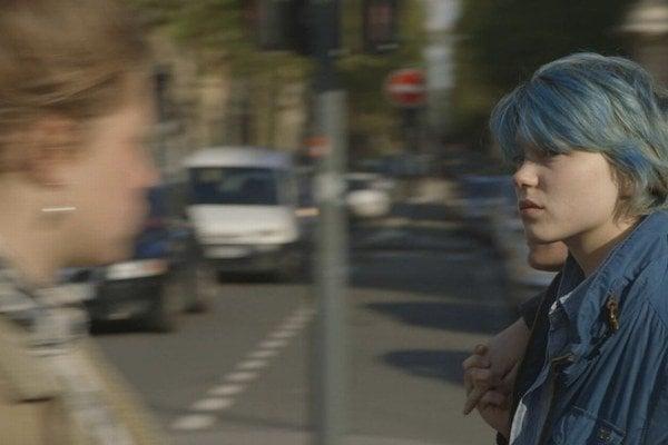 Léa Seydoux (vpravo) a Adele Exarchopoulos sa sťažovali, že túto scénu museli nakrúcať do vyčerpania.