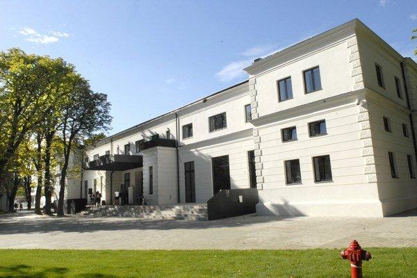 Priestor bývalých kasární v Košiciach prešiel rozsiahlou rekonštrukciou.