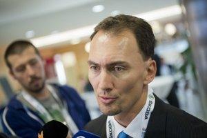 Miroslav Šatan zostal aj po skončení hráčskej kariéry pri hokeji.