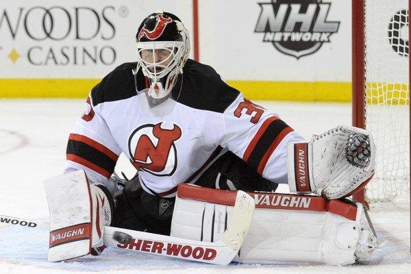 Martin Brodeur a New Jersey Devils - spojenie, ktoré trvalo takmer počas celej kariéry brankára. Legendárny Kanaďan je držiteľom viacerých rekordov v NHL.