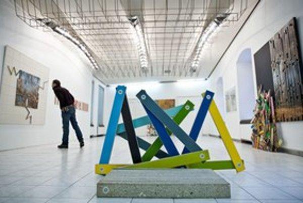 Výstava sa na jar presunie na významné  galerijné adresy – do Vasarelyho múzea v Budapešti a potom do Topičovho salónu v Prahe.