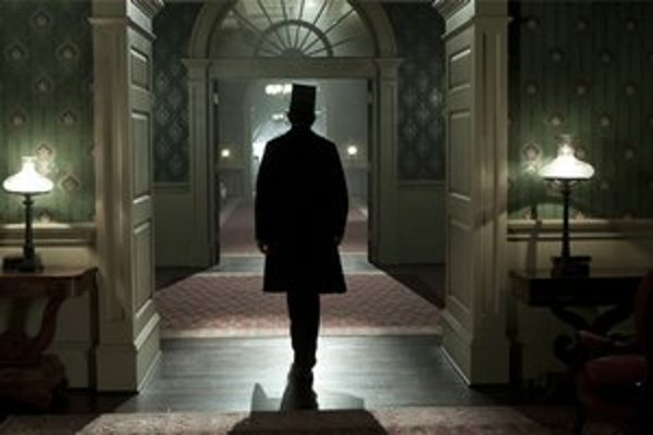 Namiesto akčných scén z americkej občianskej vojny uvidíte komornú drámu z Bieleho domu.
