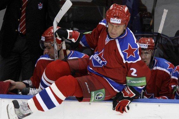 Viačeslav Fetisov je svetovou hokejovou legendou.