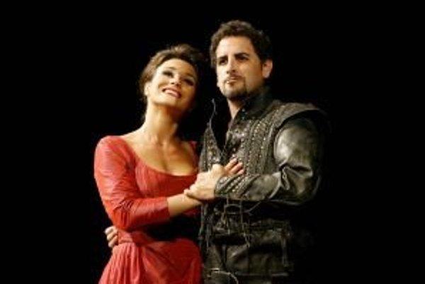 Z predstavenia Matilde di Shabran: Juan Diego Flórez a Olga Peretyatko.