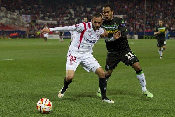 Aleix Vidal (v bielom) je noou barcelonskou posilou.