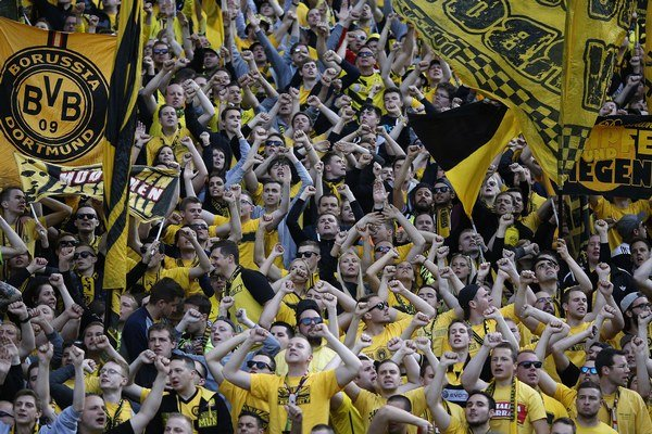 Fanúšikovia Borussie Dortmund.