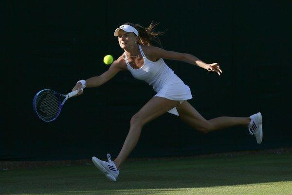 Naša tenistka sa nevedela vysporiadať s agresívnou hrou Watsonovej.