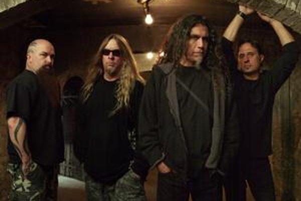 Slovenskí fanúšikovia sa môžu tešiť na Nightwish so speváčkou Anette Olzon (na obrázku v texte) aj na skupinu Slayer.