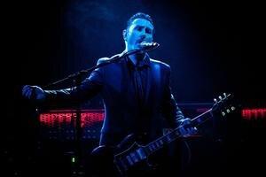Spevák a gitarista Andy Cairns priviezol Therapy? do Bratislavy po druhýkrát. Premiéru mali ešte začiatkom 90. rokov, ako začínajúca kapela.