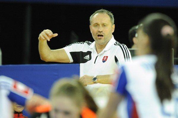 Tréner Dušan Poloz dočasne povedie aj juniorskú reprezentáciu.
